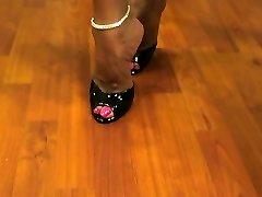 Molten Wife Asia Molten Legs and High Heels