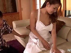 JAPAN HD Chinese Nubile Squirting