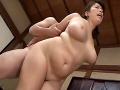 hot large lovely-looking woman mama broken air conditioner