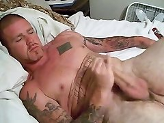 Big Spunk-pump Stud Jerks Off & Cums for and Devotee
