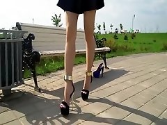 PERFECT FEET IN EXTREME HIGH High-heeled Shoes