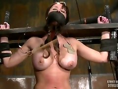 Damsel Machine Fucked Shocked And Gagged