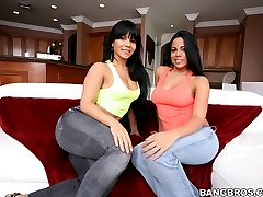 Luna Star Natural perky tit's and juicy ass. Were all pretty sure this video is gonna blow your fucking minds. Lot's fucking, a ton of sucking and of course a bunch of hardcore pounding