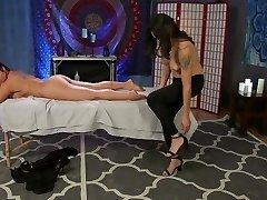 Kristen Kraves' TS NURU Massage Parlour