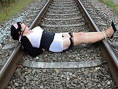 Dizzy Railway Roped!