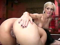 Erotic She-demon with Cock Boinks Penny Barber to strike a deal