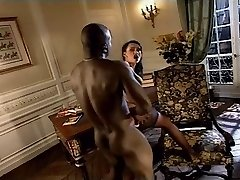 Mind-blowing Italian MILFs getting butt-fucked