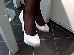 Nylon Footplay With White highheels