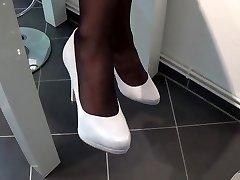 nailon footplay cu alb maretocuri