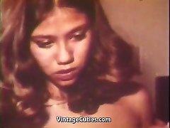 Asian fata se imbata si se Fute (1970 Vintage)