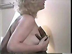 Retro cuckold video manželka a dve BBC