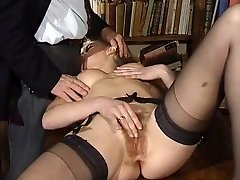 ITALIAN Porn buttfuck hairy babes threesome vintage