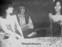Man Fucks two Sexy Gals (1950s Antique)