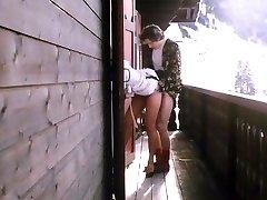 אלפא צרפת - צרפתית פורנו - הסרט המלא - מלון לשפוך Jeunes Filles (1980)