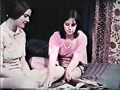 Lesbian Peepshow Zank 641 60 'in 70' - Scene 8