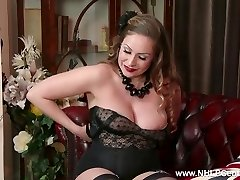 All-natural big knockers brunette Sophia Delane wanks in nylon heels