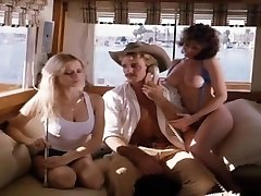 Malibu Express (1985) erotic b-video