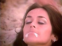 Retro Beach Facial Cumshot 2