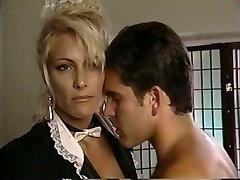 TT tyttö purkaa hänen tukon blondi milf Debbie Timantti