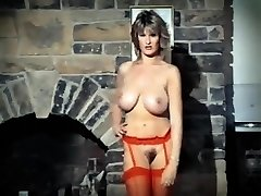ADDICTED TO LOVE - vintage 80's phat tits striptease dance
