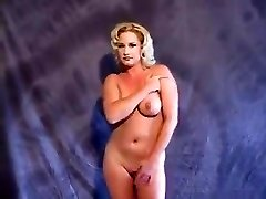 Tammy Sytch (FKA WWE's Sunny) unwrapping