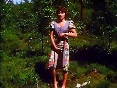 Retro - Girl drains outdoor
