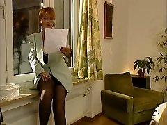 Saksan Klassinen MILF Valmistuvan Luokan
