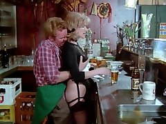 Schulmadchen Porno (1976) med Gina Janssen