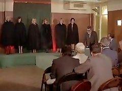 Esclaves sexuelles sur catalogue (French classic video)