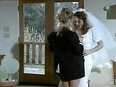 Lesbo seksiä avioliiton jälkeen
