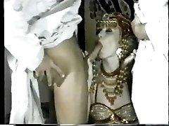 MELANIE Monroe - Arabi DP