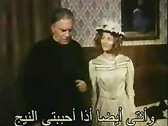 Nöyrä naisen rintakuva sytyttää jopa ripustaa Arabi-miehen seksuaalinen halu