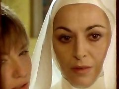 Nun seduced by lezzie!
