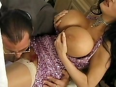 Giant tits milf..wet cunt!