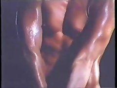 VINTAGE BABE - BODYBUILDER Exercise - londonlad