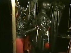 Rubbersessie bij bar DOMA