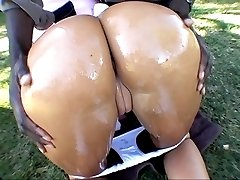 sweet cheerleader with big butt