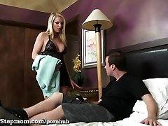 Sons-in-law Fucks His Hot Stepmom In The Bathroom!