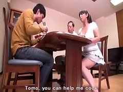 STP5 Tommo Cums Home For Mom ! (English Subtitles)