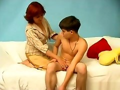 Mature mom and sonnie 001
