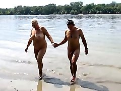 stepson fucks mommy on public beach
