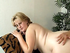 Pregnant mature lady wants to get smashed properly