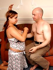 Bald daddy stretches young fat babe�s snatch open