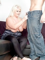 Guy knocks the wrong door and gets extra lucky with a young British BBW blonde