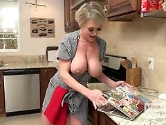 Slutty Housewife Gets Fucked Up The Butt by Random Guy She Encountered Online