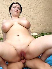 BBW slut loves to suck cock!