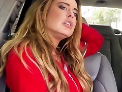 Stranded busty light-haired fucked close-up in car