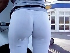 INCREDIBLE Bubble Rump in White Leggins at Gas Station