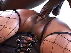 Big ass and tits ebony dame ravages like hell