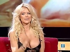 victoria silvstedt melons oops